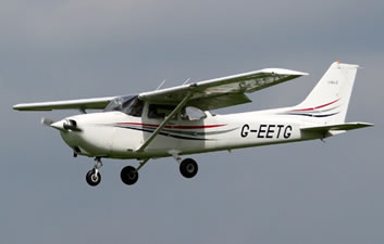 Cessna 172Q Cutlass Ground Power Equipment